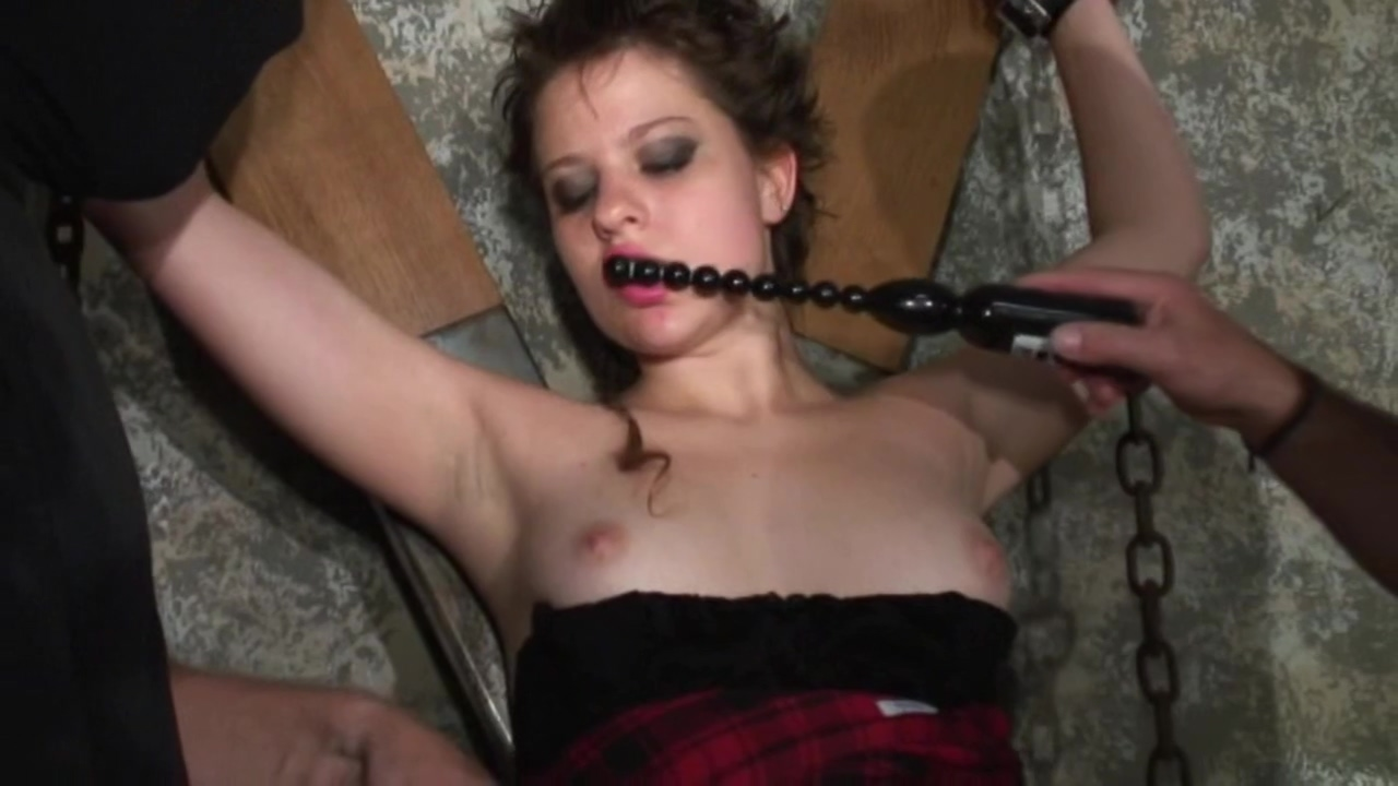 Submissive sluts who love domination
