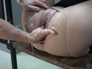 Fisting and squirting – extreme