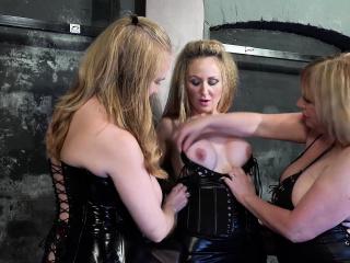 Frenzy BDSM Three horny lesbians and tying